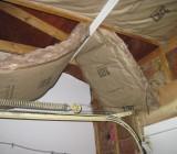 Как крепить утеплитель к потолку: все способы в зависимости от вида теплоизолятора и материала потолка
