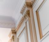 Лепнина на потолке: оформляем вместе