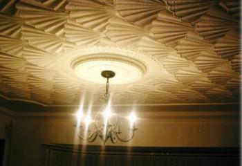 Использование декоративной штукатурки в отделке потолка