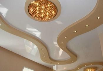 Свободная композиция из объемных подвесных элементов со встроенной подсветкой