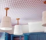 Как клеить виниловые обои на потолок правильно: создаём уютный интерьер