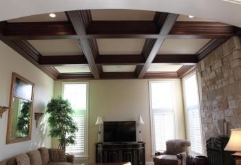 Разновидность балочного потолка – кессоны