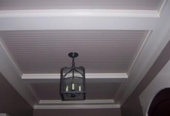 Интересное решение с простейшей геометрией потолка