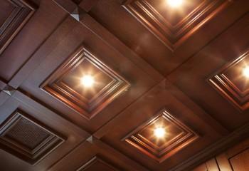 Потолок из кессонных панелей