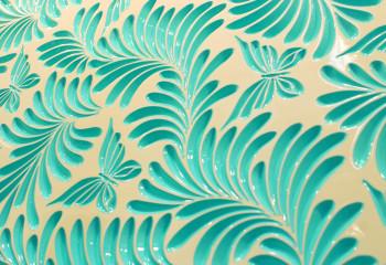 Глянцевая краска на поверхности МДФ плиты