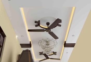 Люстра, плюс точечная и закарнизная подсветка натяжного потолка