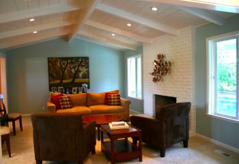 Как зрительно увеличить высоту потолка: балки на низком потолке