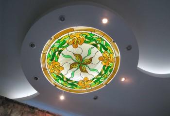 Оформление фигурного потолка