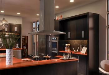 Дизайн вытяжки должен соответствовать стилю оформления кухни