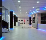 Как сделать перфорированный потолок из панелей: звукоизоляция и дизайн