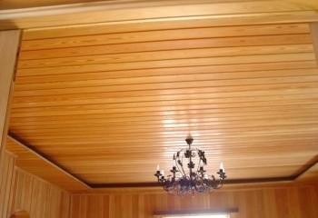 Двухуровневый потолок из вагонки