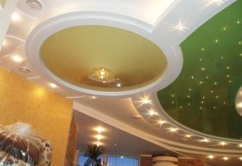Многоуровневый дизайнерский потолок