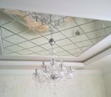 Зеркало на потолке – особенности этого нестандартного покрытия и его монтаж