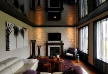 Даже черный потолок может быть красивым