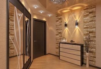 Комбинирование гипсокартона, стекла, света отлично подойдет для интерьера коридора
