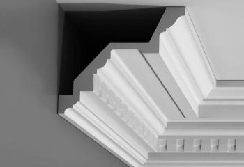 Полиуретановый карниз для высокого потолка