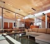 Фанера в потолочном дизайне – интересное использование грубого строительного материала