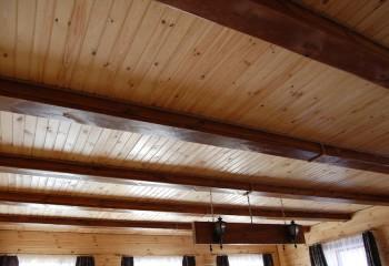 Вагонка и потолочные балки