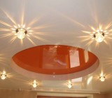 Монтаж светильников в натяжных потолках – это вы сможете сделать сами