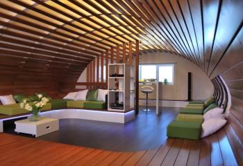 Красивые деревянные потолки реечной конструкции