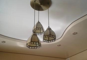 Подшивной потолок из гипсокартона, с коробом по периметру