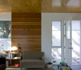 Отделка потолка фанерой: для загородного дома и не только