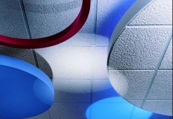 Современные модели потолков из стекловолокна бывают и многоуровневыми