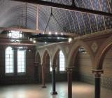 Сатиновые потолки – старинная отделка в современной интерпретации
