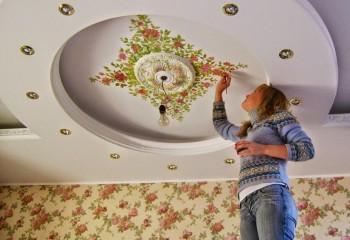 Нанесение художественной росписи на потолок