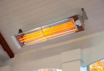Обогреватели потолочные инфракрасные могут работать на галогеновых нагревателях