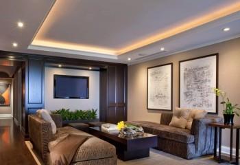 Гипсокартонные потолки часто монтируются с открытой нишей по периметру, в которой располагают осветительное оборудование