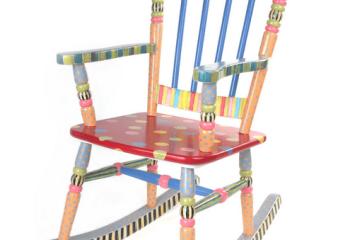 Кресло-стульчик для радужного интерьера