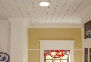 Классическая форма плинтуса для обрамления реечного потолка