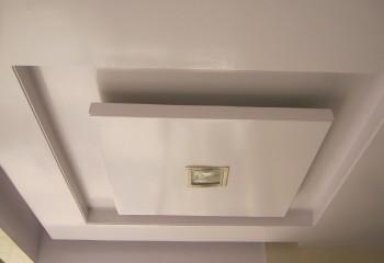 Чтобы сделать такой потолок, потребуется опыт и время