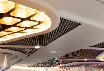 Комбинированные металлические потолки