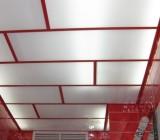 Отделка потолка панелями ПВХ: профессиональный подход