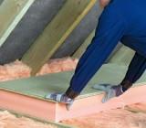 Утепление потолка в деревянном доме: список популярных материалов и технология монтажа