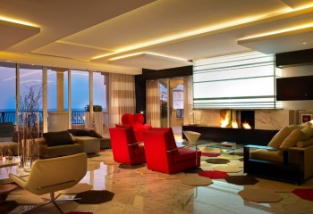 Многоуровневый зонирующий потолок с подсветкой