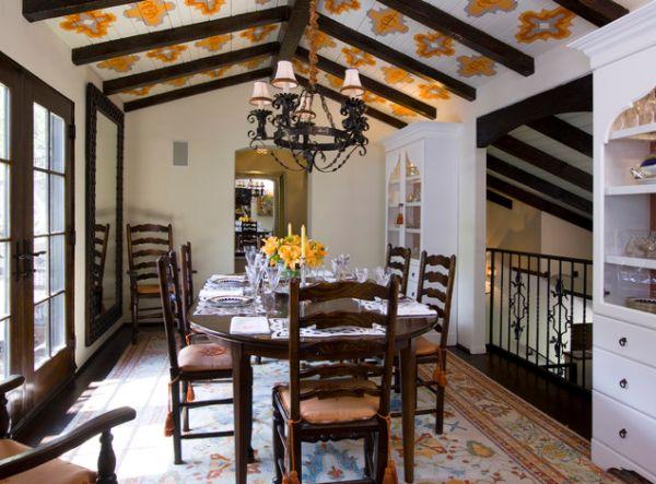 Цветная потолочная плитка с абстрактным узором