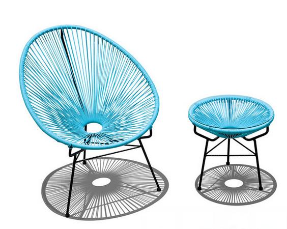 Бирюзовые стулья займут достойное место в голубом интерьере