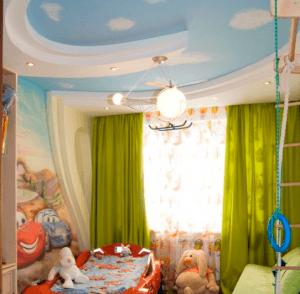 Для детской: основной тематический светильник и светодиоды