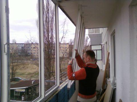 Без энергоэффективных окон балкон невозможно сделать теплым