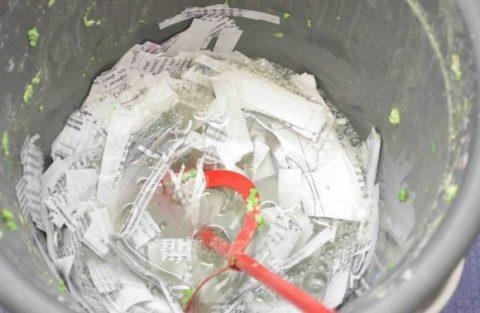 Бумагу необходимо выдержать в воде в течение часа
