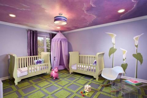 Фотообои на гипсокартонной подвесной конструкции создают оригинальный облик детского интерьера