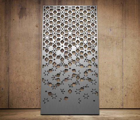 Фрезерованная металлическая панель