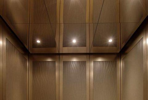Глянцевые пластиковые потолочные панели