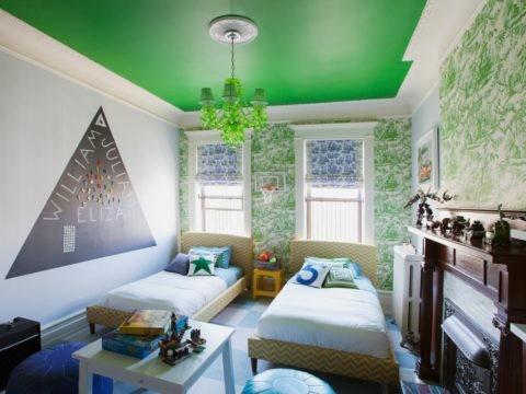 Изумрудный потолок – это очень красиво и позитивно