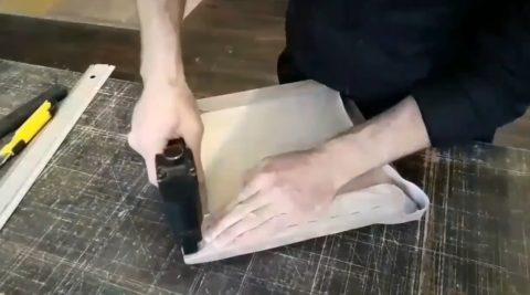 Крепление ткани на углу