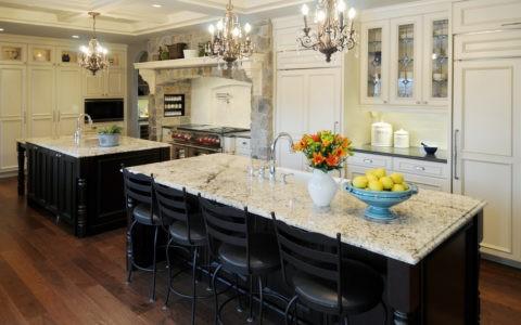 Люстра на кухне – это неотъемлемая часть интерьера