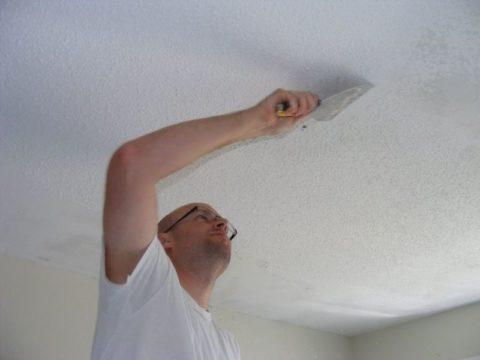 Мокрая побелка счищается лучше и меньше пылит